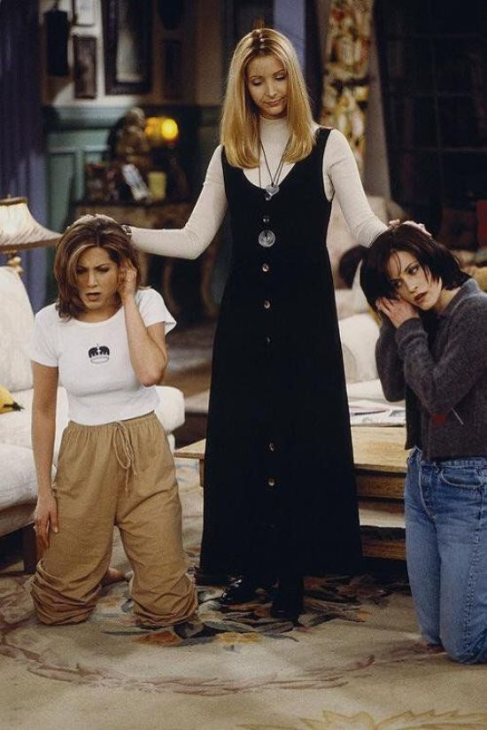 10 Most Iconic Outfits From FRIENDS