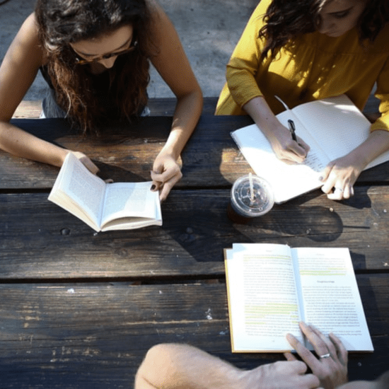 10 Tips For Making Friends At University