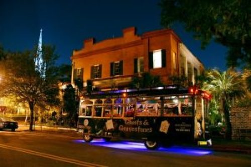 7 Cities With The Scariest Ghost Tours