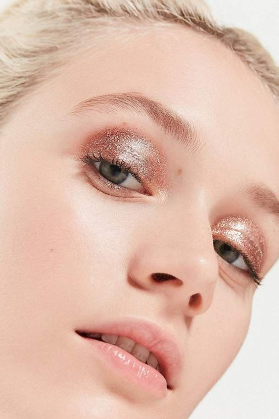 Ways You Can Add Glitter To Your Makeup Routine