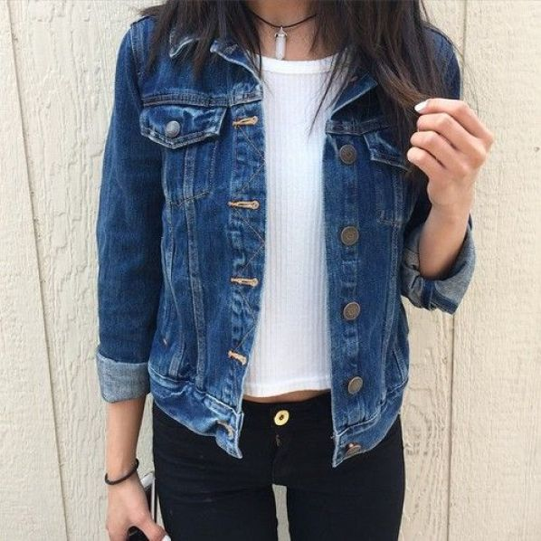 10 Clothing Items All DePaul Girls Are Known To Have