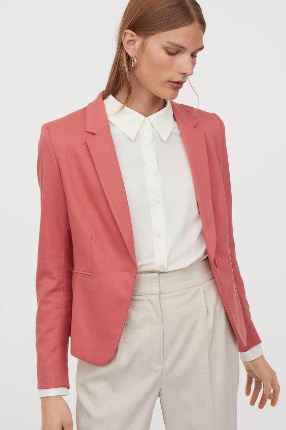 *Wardrobe Basics You Need When Entering The Workforce