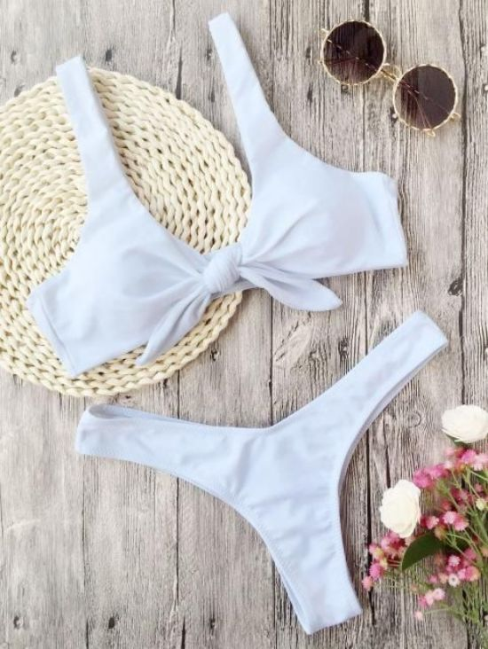 10 cute bathing suits you need to wear for your spring break