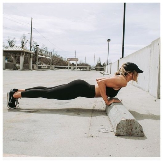 10 Easy Workouts To Get Your Body In Shape - Society19