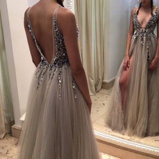 10 Unique Prom Dresses That Will Have You Standing Out