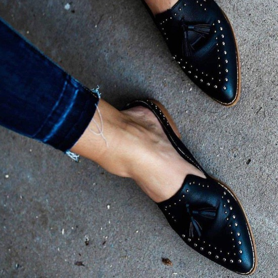 10 Everyday Flats You Should Add To Your Closet