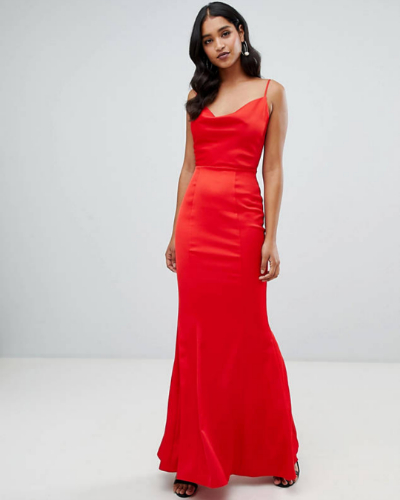 *10 Prom Dresses That Will Grab Anyone's Attention