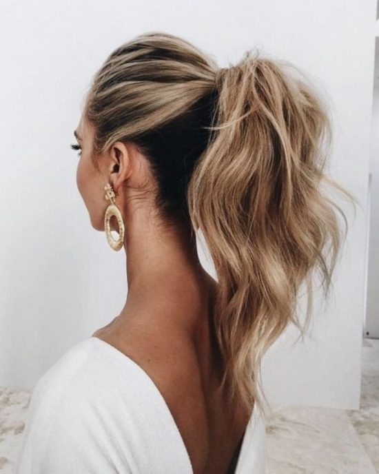 20 Lazy Day Hairstyles That Are Quick And Cute AF