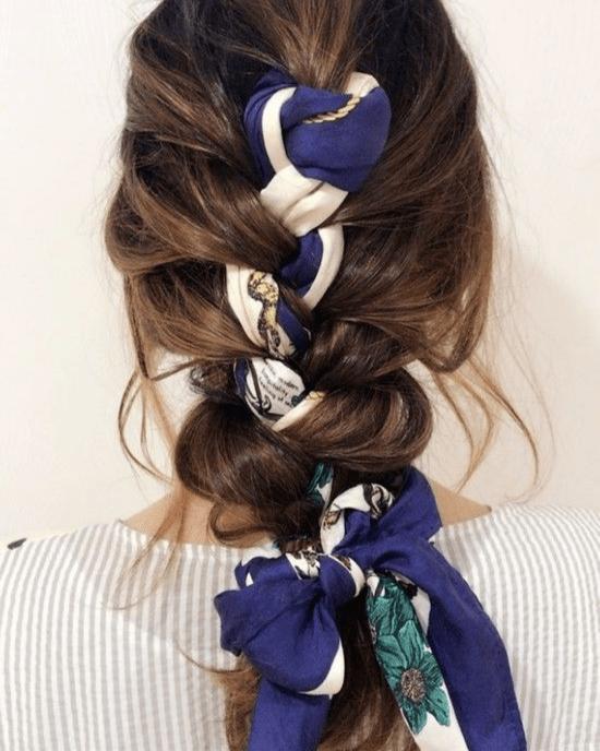 """10 Haar-Accessoires, die Sie diesen Sommer ausprobieren sollten, um cool zu bleiben """"width ="""" 550 """"height ="""" 688 """"data-recalc-dims ="""" 1"""