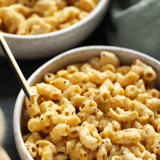 5 Mac And Cheese Recipes That Will Make You Weak To Your Knees