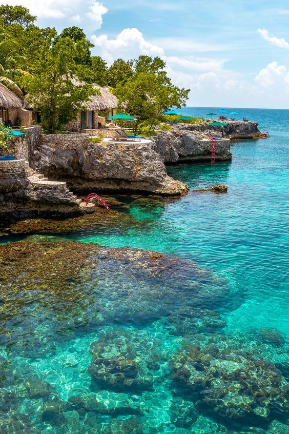 Top 5 Caribbean Spots Ranked For Your Vacation (Jamaica)