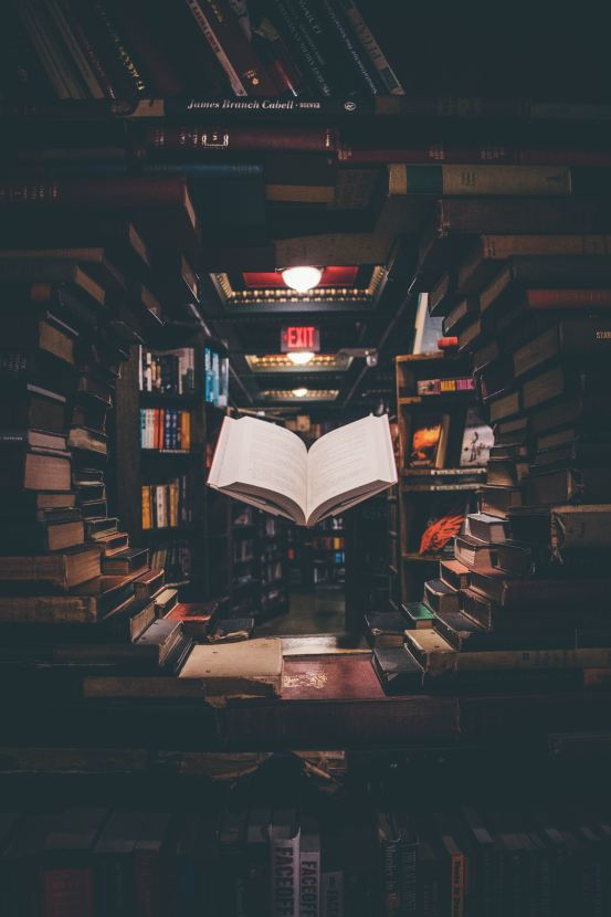 20 Important Books Everyone Should Read