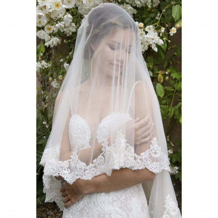 *10 Wedding Veils That Are So Pretty They Will Bring Tears To Your Eyes