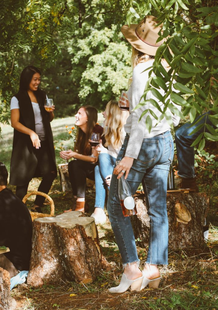 10 Tips On How To Make Friends In College And Keep Them