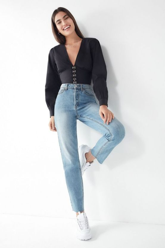 10 New Jean Trends To Try This Summer