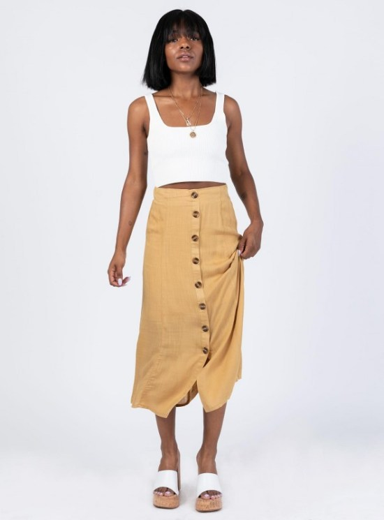 10 Spring Skirt Outfits You Can Copy