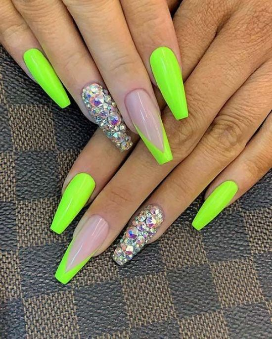 12 summer nail art trends