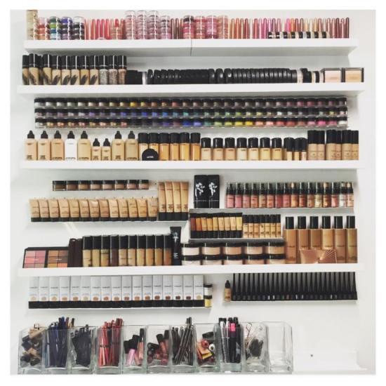 10 Ways To Organize Your Makeup