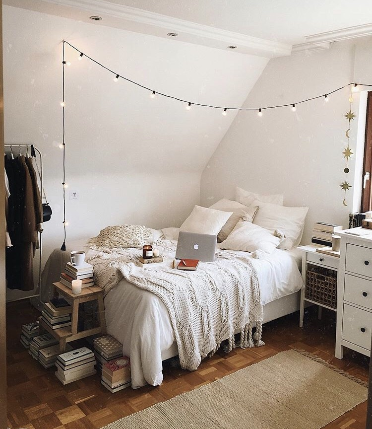 dorm room string lights