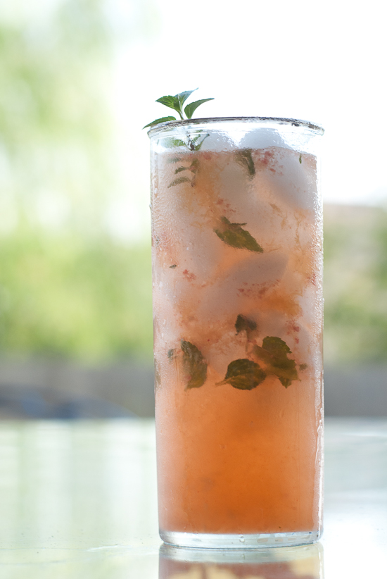 15 Refreshing And Light Summer Cocktails To Enjoy
