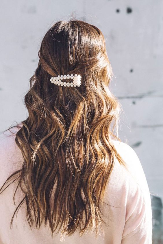 *The Prettiest Hair Accessories You Need To Be Wearing This Spring