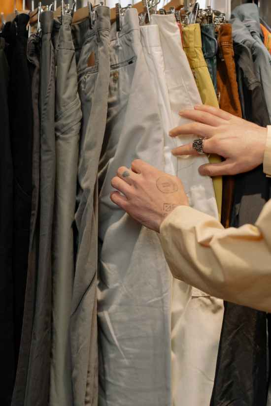 What To Look For While Thrift Shopping