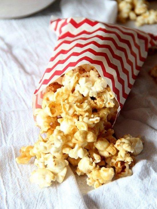 10 Must-Have Dorm Room Snacks
