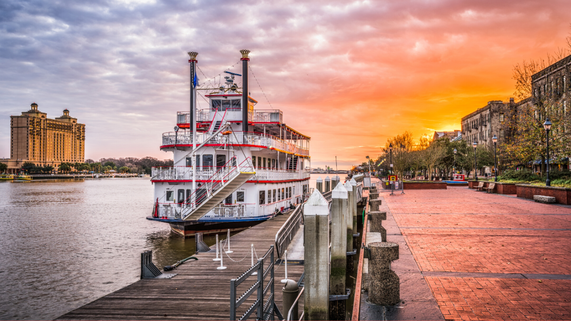 10 Small Cities To Visit