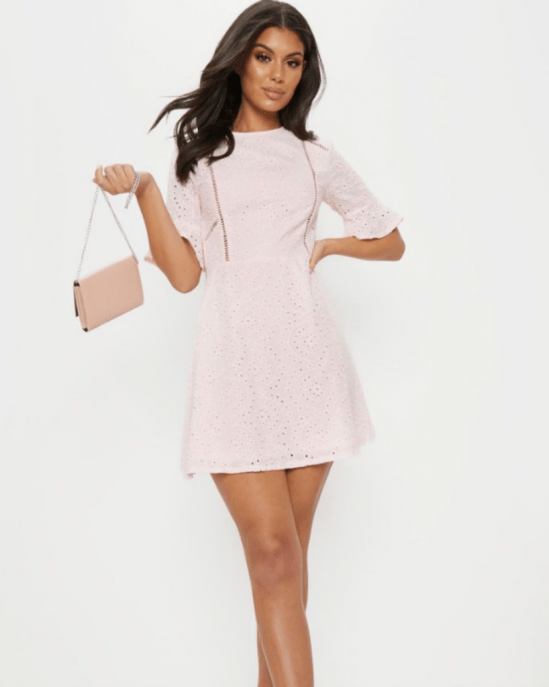 8 Graduation Dresses For College To Keep In Mind