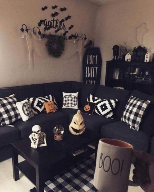 15 Bold Living Room Ideas For This Fall
