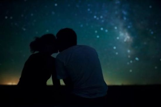 12 Romantic Spots To Makeout With Your Significant Other