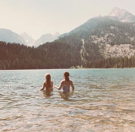 10 Amazing First Date Ideas That Will Guarantee You A Second Date