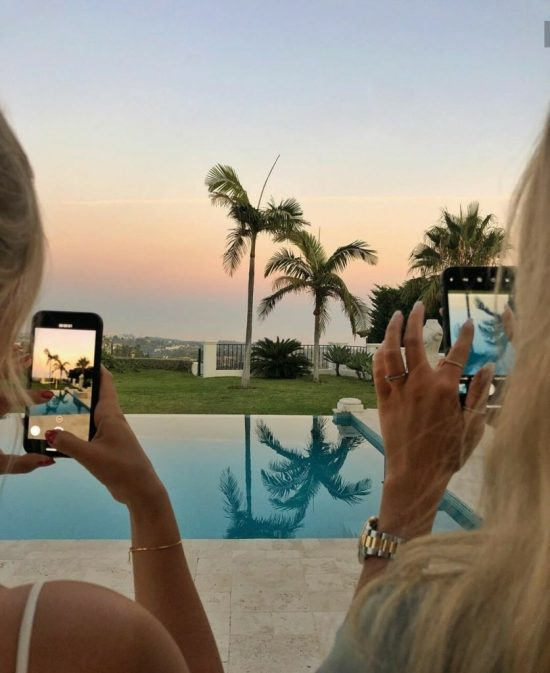 5 Photo Editing Apps Perfect For Hot Girl Summer