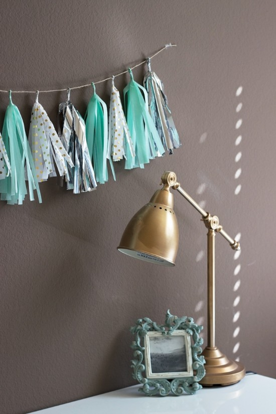 10 Decor ideas to Decorate your dorm or small space