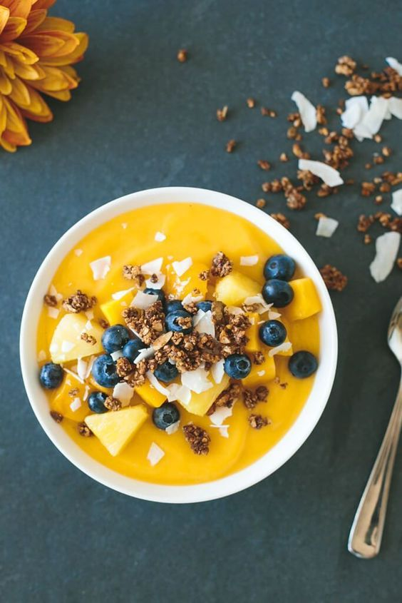 8 Smoothie Bowls You Have To Try RN