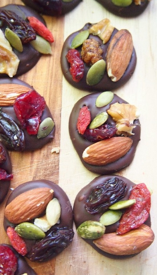 15 Healthy Snacks That Are Tasty AF