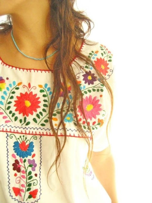 8 Fashionable Tops Everyone Is Wearing This Summer