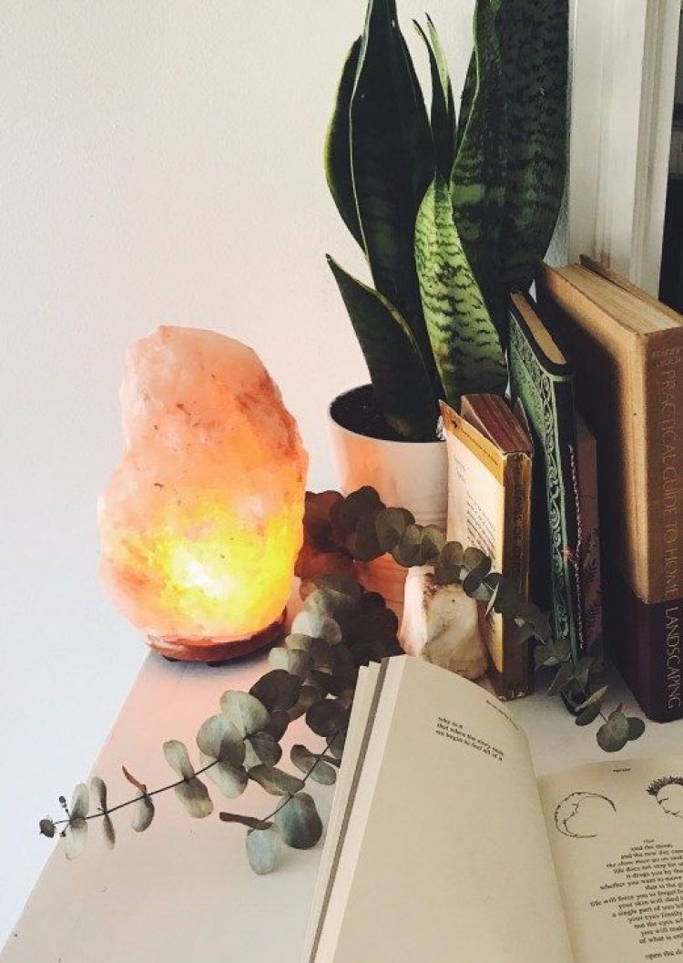 *10 Ways To Jazz Up Your Uni Dorm Room