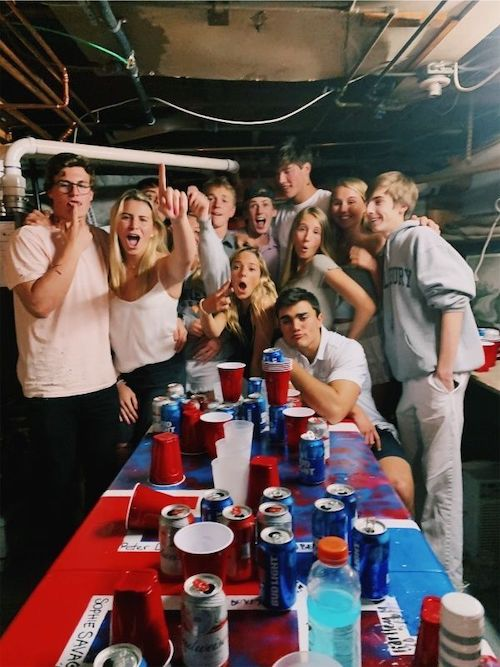 10 Reasons Why You Shouldn't Date A Frat Boy