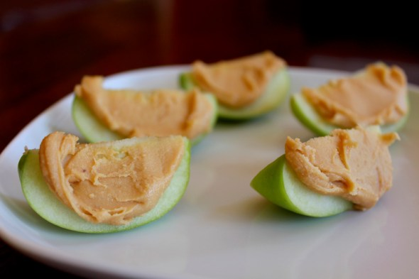 Apples are healthy snacks perfect for any busy college student!!