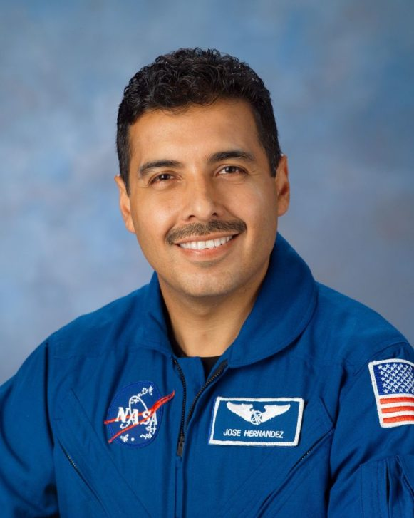 1200px-Jose_Hernandez_astronaut