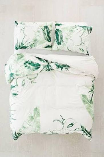 This is one of the cutest summer quilt covers I've seen!