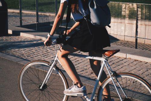 college-student-bike