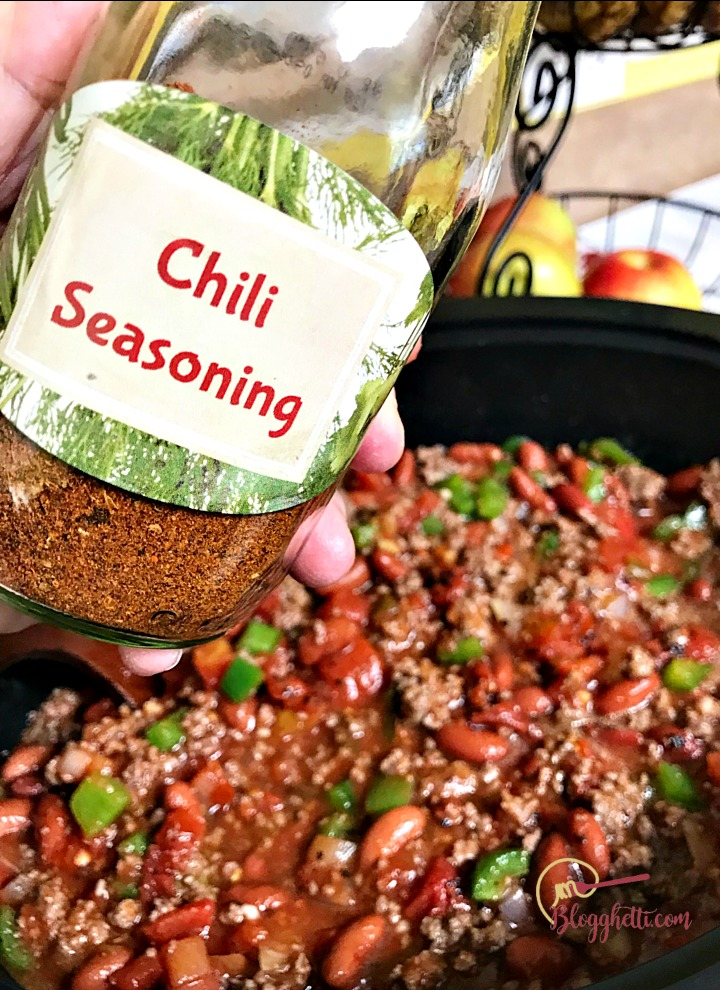 diy homemade chili seasoning bottle