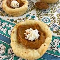 Mini Pumpkin Pie Cookies - square