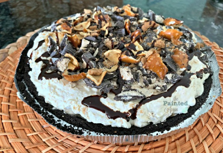OMG This Chocolate Peanut Butter No Bake Pie