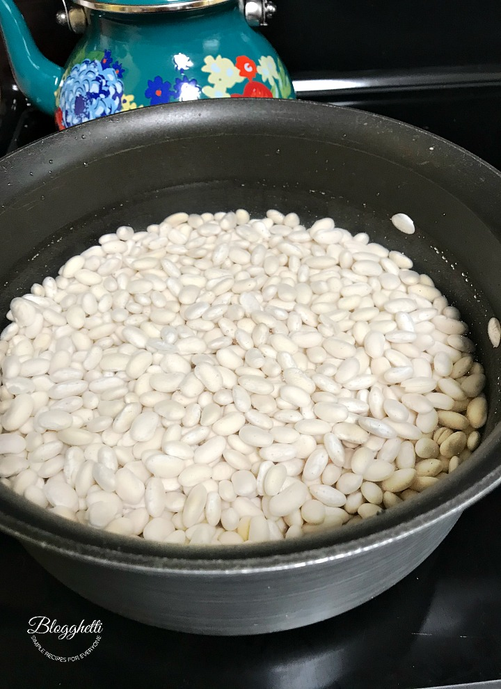 boiling the beans before adding to slow cooker