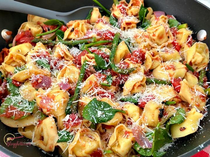 Tuscan Tortellini One Pan Meal