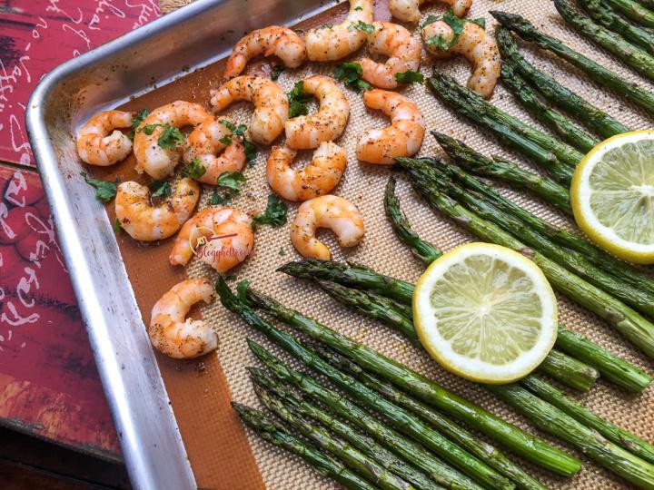 lemon garlic shrimp with asparagus sheet pan meal
