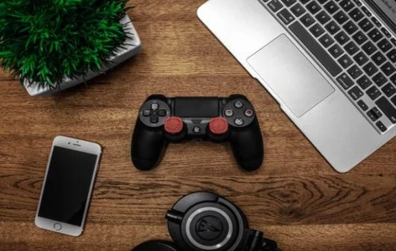 Is there any way to Play PS4 Games on PC? Get Your Answers Right Here